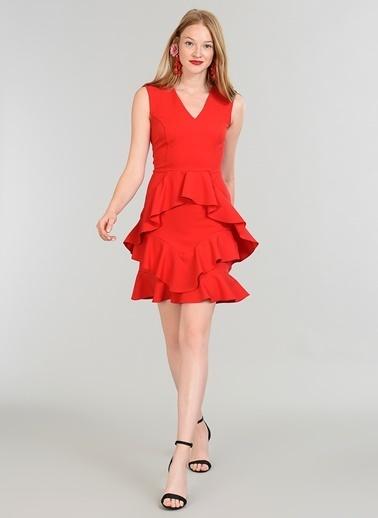 People By Fabrika Asimetrik Volanlı Elbise Kırmızı
